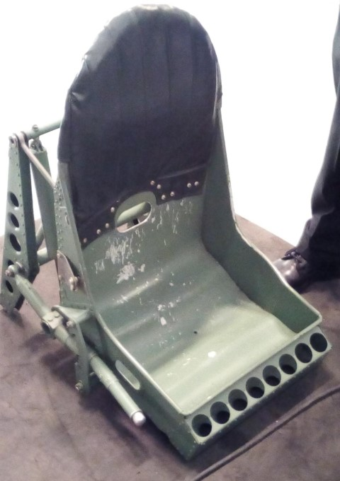 spitfire_seat__Small_.jpg